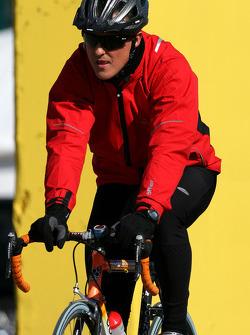 Michael Schumacher, Mercedes GP returns from his bike run