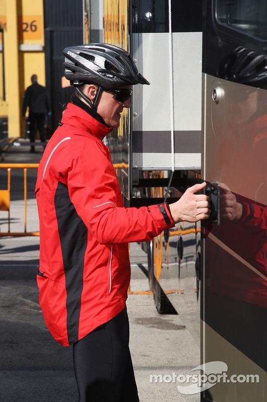 Michael Schumacher, Mercedes GP, na fietstochtje