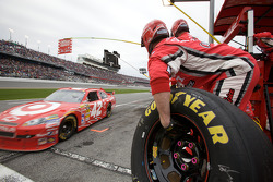 Stewart-Haas Racing Chevrolet team members get ready for a pit stop