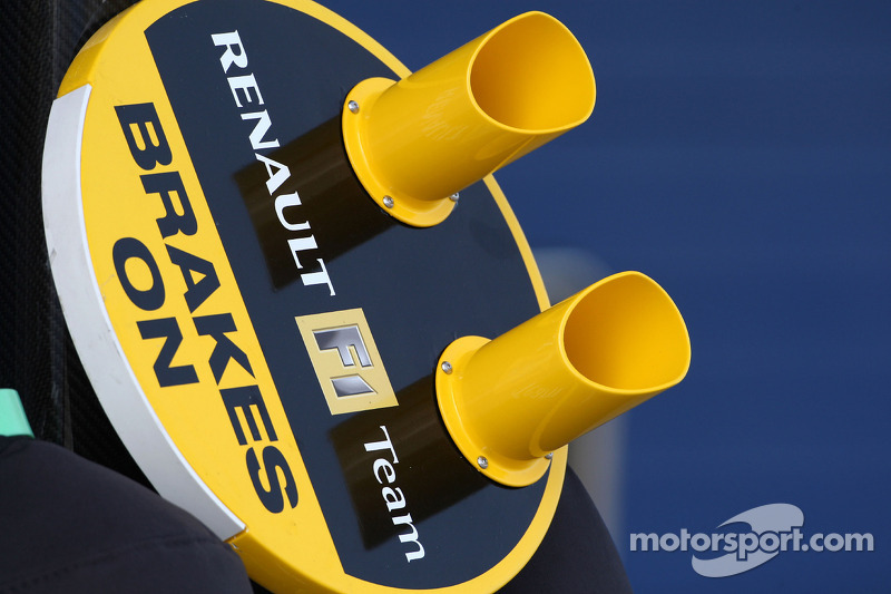 Renault F1 Team, pit lollipop