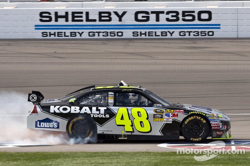 Race winnaar Jimmie Johnson, Hendrick Motorsports Chevrolet
