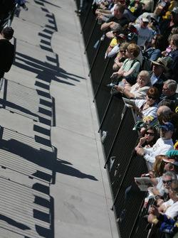 Fans watch technical inspection