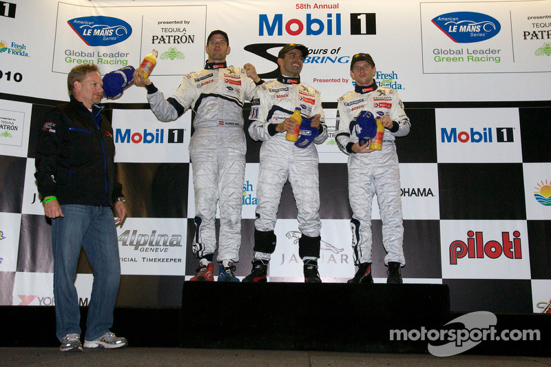 Podium: race winnaars Marc Gene, Alexander Wurz en Anthony Davidson