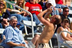 Fans enjoy some beverages