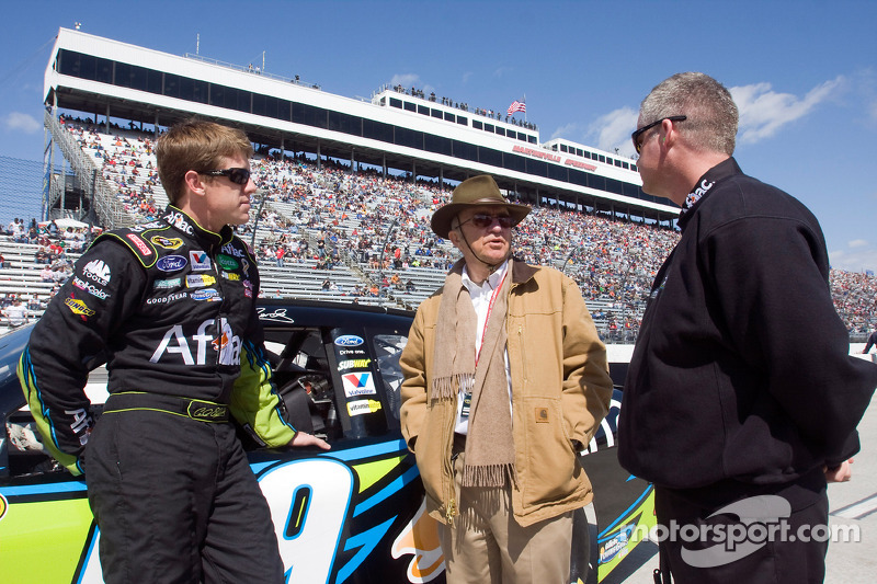 Carl Edwards, Roush Fenway Racing Ford, Jack Roush en Bob Osborne