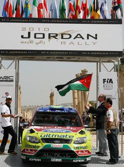 Jari-Matti Latvala en Miikka Anttila, Ford Focus RS WRC08, BP Ford Abu Dhabi World Rally Team bij Prince Faisal