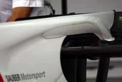 Sauber rear wing engine cover