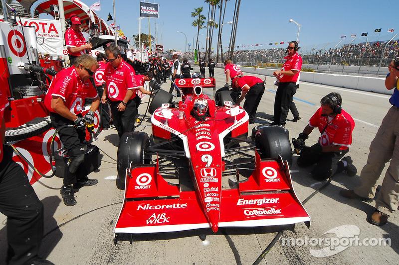 Scott Dixon, Target Chip Ganassi Racing in de pits