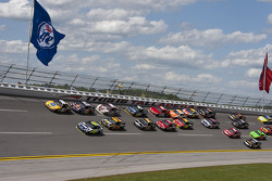 Jimmie Johnson, Hendrick Motorsports Chevrolet and Kyle Busch, Joe Gibbs Racing Toyota battle for the lead