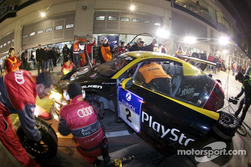 Pitstop #2 Team Abt Sportsline Audi R8: Christian Abt, Emmanuel Collard, Lucas Luhr, Christopher Mies