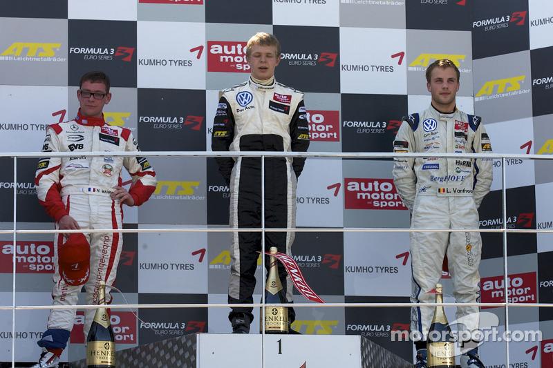 Podium: race winnaar Kevin Magnussen, Motopark Academy Dallara F308 Volkswagen, 2de Nicolas Marroc, Prema Powerteam Dallara F308 Mercedes, 3de Laurens Vanthoor, Signature Dallara F308 Volkswagen