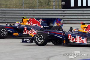 Vettel and Webber crash during the 2010 Turkish GP
