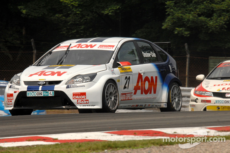 Tom Onslow-Cole voor Gordon Shedden en Jason Plato