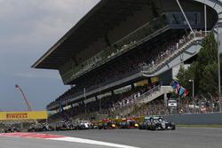 Start: Nico Rosberg, Mercedes AMG F1 Team, und Lewis Hamilton, Mercedes AMG F1 Team