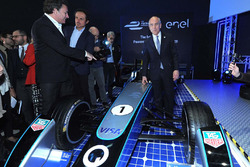 Alejandro Agag, Serienchef der Formel E, mit Francesco Starace, Geschäftsführer der Enel-Gruppe