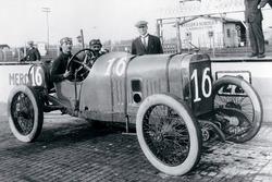 Победитель гонки - Жюль Гу, Peugeot