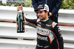 Sergio Perez, Sahara Force India F1 festeggia la sua terza posizione sul podio