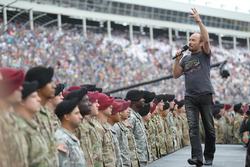 Lee Greenwood performs