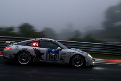 #140 Black Falcon Team TMD Friction, Porsche 991: Aurel Schoeller, Andre Kuhn, Philip, Miquel Boquoi Toril
