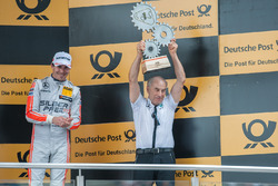 Podium, teamboss Peter Mücke Mercedes-AMG Team Mücke, Robert Wickens Mercedes-AMG Team HWA, Mercedes-AMG C63 DTM