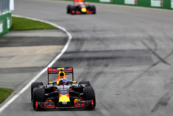 Max Verstappen, Red Bull Racing RB12 leads Daniel Ricciardo, Red Bull Racing RB12