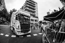 Transporter: Porsche Team