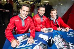 #7 Audi Sport Team Joest Audi R18: Benoit Trテゥluyer, Andre Lotterer, Marcel Fassler