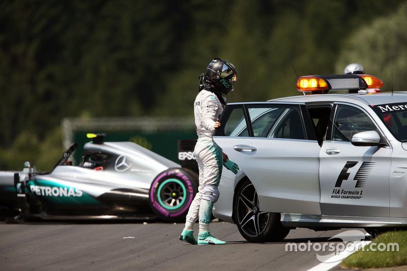Nico Rosberg, Mercedes AMG F1 W07 Hybrid après son accident