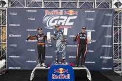 Podium: juara lomba Scott Speed, Volkswagen, peringkat kedua Brian Deegan, Ford, peringkat ketiga Steve Arpin, Ford