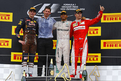 Race winner Lewis Hamilton, Mercedes AMG F1 celebrates on the podium with second place Max Verstappen, Red Bull Racing and third place Kimi Raikkonen, Ferrari