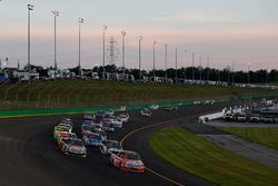 Partenza: Daniel Suarez, Kyle Busch Motorsports Toyota al comando