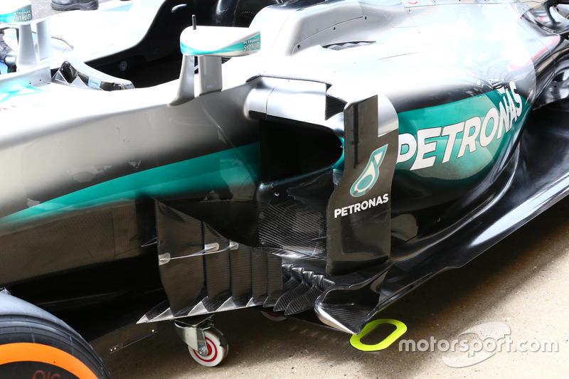 Mercedes F1 W07: Seitliche Windabweiser
