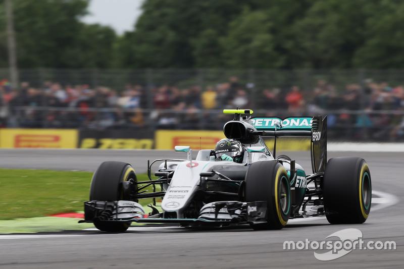 2: Nico Rosberg, Mercedes AMG F1 W07 Hybrid