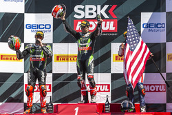Podium, Rennen 1: Sieger Jonathan Rea, Kawasaki Racing; 2.Tom Sykes, Kawasaki Racing; 3. Nicky Hayden, Honda World Superbike Team