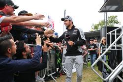 Sergio Pérez, Sahara Force India F1 en el Sahara Force India F1 Team Fan Zone en Woodlands Campsite