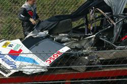 Peter Dumbreck, OPC Team Phoenix, Opel Vectra GTS V8, Arie Luyendijk virajında yaptığı kazanın ardından ağır hasarlı otomobili