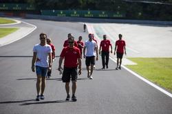 Pierre Gasly, PREMA Racing und Antonio Giovinazzi, PREMA Racing