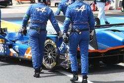 حادث السيارة رقم 36 سيغناتيك ألبين إيه460 نيسان: غوستافو مينيزيز، نيكولاس لابيير، ستيفان ريكيلمي