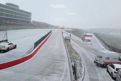 Brands Hatch nevado. Foto:@Imagedzign