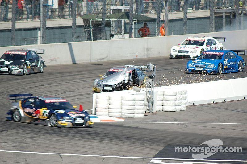 Alex Prémat destroys his Audi A4, DTM EuroSpeedway 2007