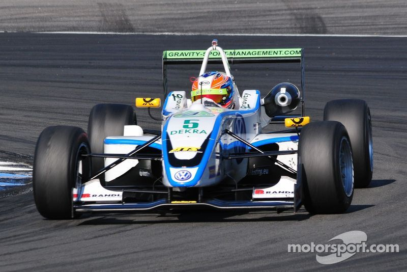 ATS Formel 3 Cup, Richie Stanaway