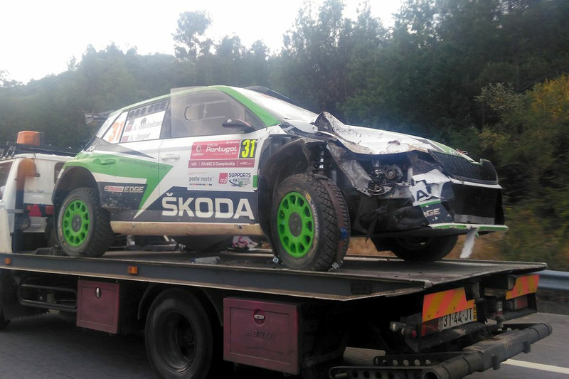 Разбитая Škoda Fabia R5 Андреаса Миккельсена
