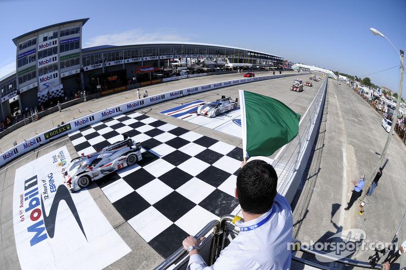 Audi Sport Team Joest's pair of Audi R18 e-tron quattros starting in Sebring