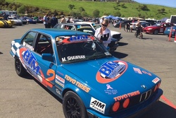 Robin Osborne checking out Michael Shawhan's Spec E30 BMW