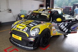 Mini in the pits