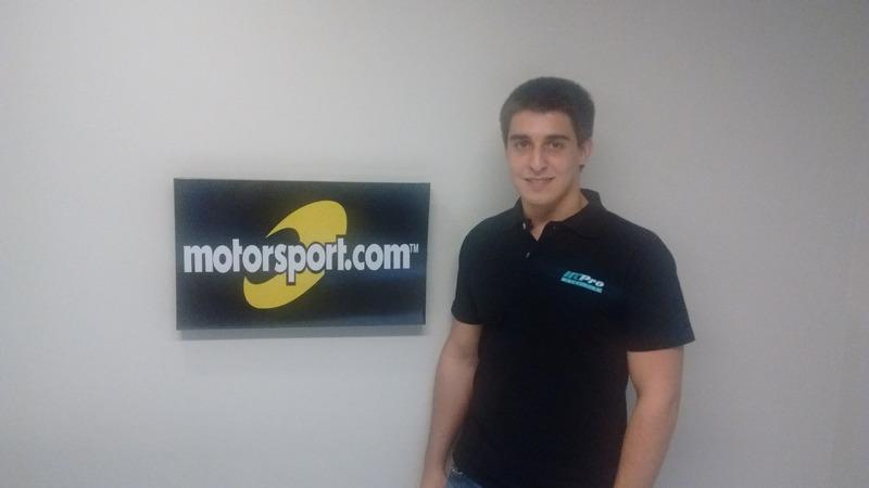 Rodrigo Baptista visita redação do Motorsport.com Brasil