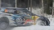 Andreas Mikkelsen pierde el control - Rally de Suecia 2015