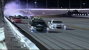 Un choque muy fuerte en NASCAR