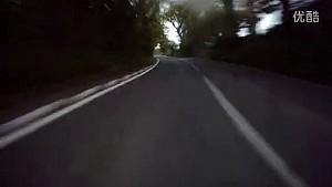 约翰·麦克吉尼斯2015年曼岛TT首圈单圈车载视频