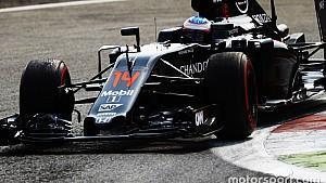 İtalya GP: Alonso telsiz mesajından sonra kahkahayı bastı